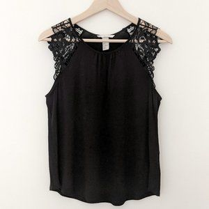 Black H&M top with lace sleeves